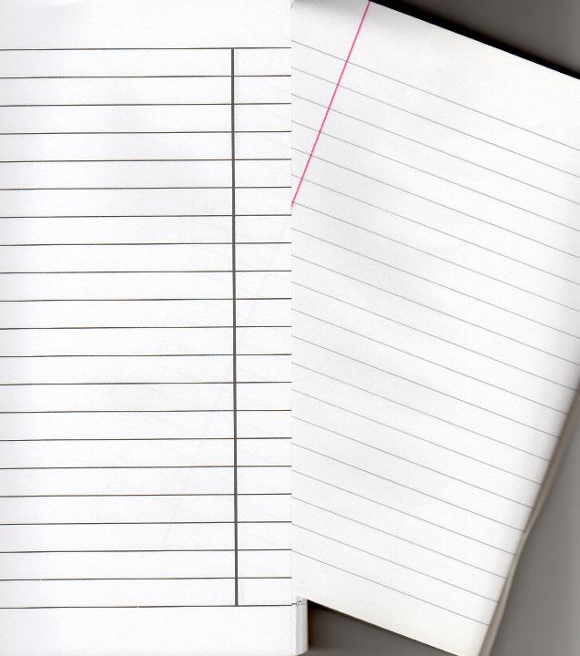 Porównanie zeszytu w linie ze standardowym